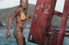 «Les bas-fonds»: Blake Lively contre Jaws
